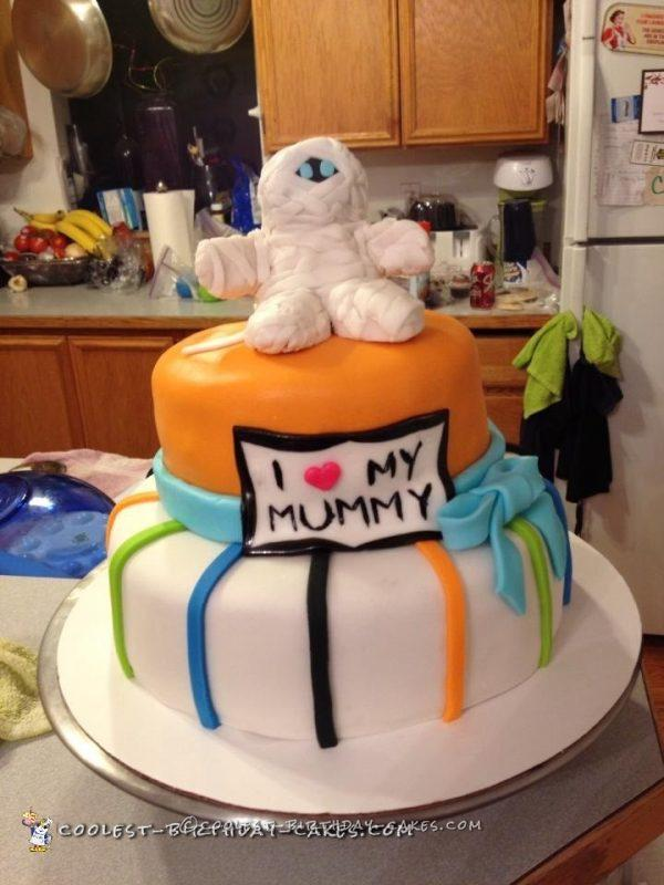 Mummy Baby Shower Cake