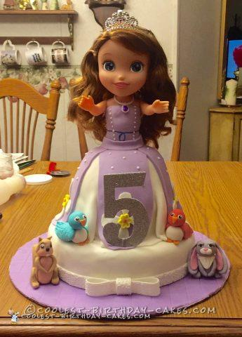 Cool Sofia the First Cake