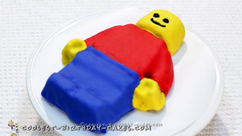 Easy Lego Man Cake Tutorial