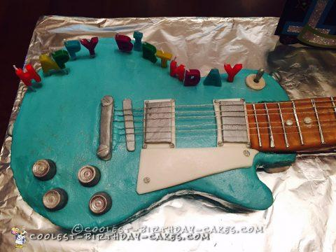 Awesome Gibson Electric Guitar Cake