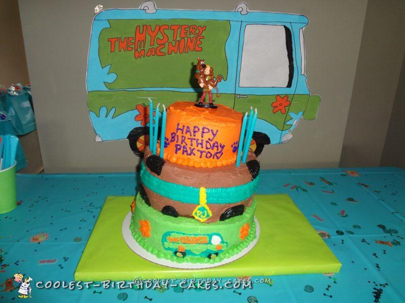 Cool Scooby Doo Triple Layer Cake