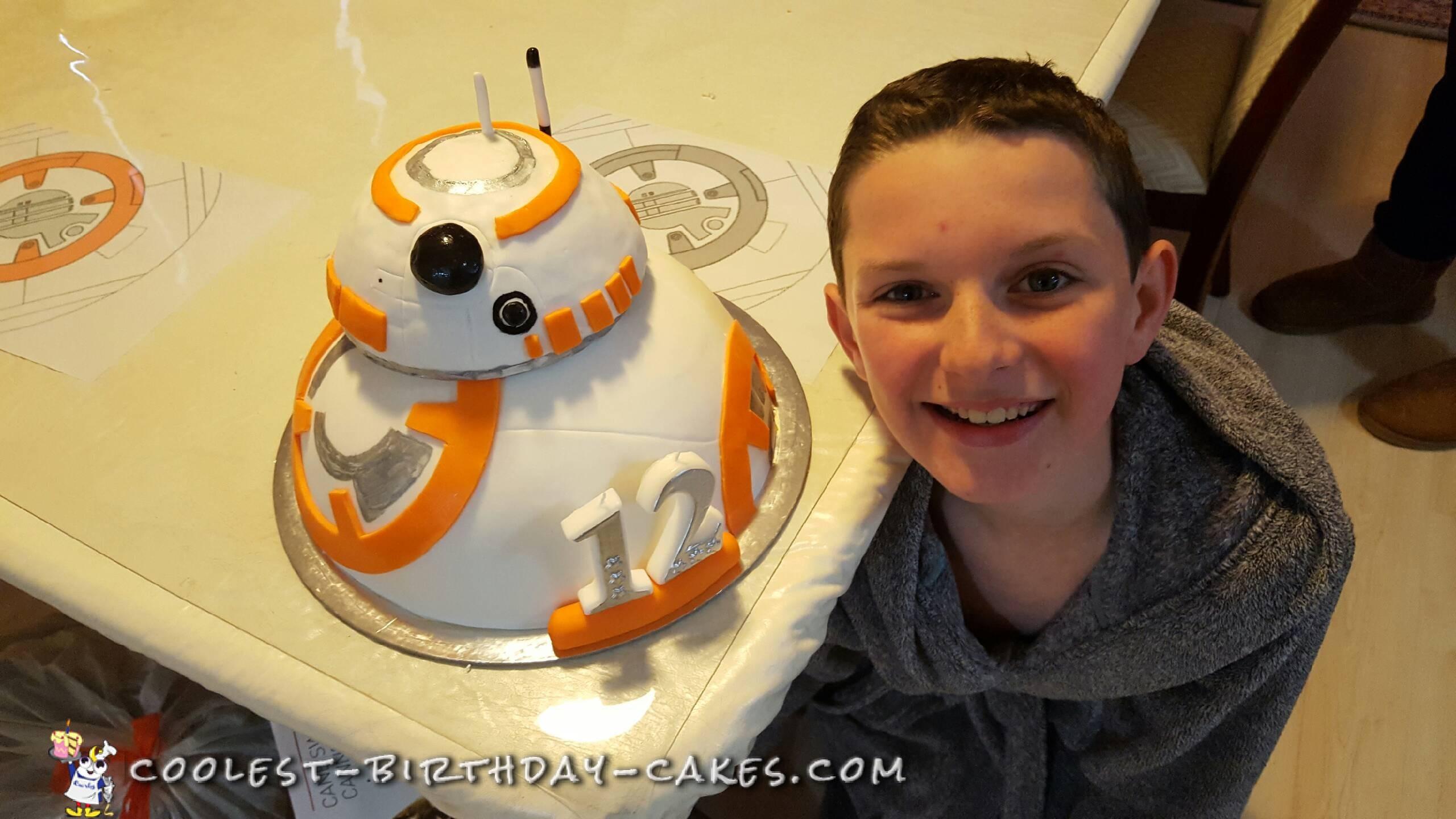 Cool BB-8 Cake