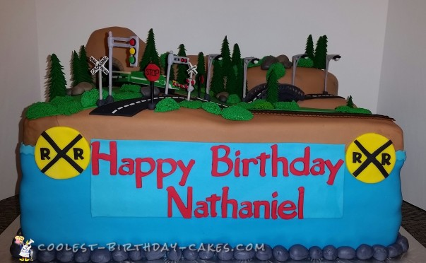 Coolest Ever Train Cake - So At-TRACK-tive!