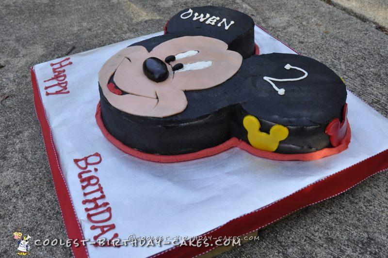 Cool Happy Mickey Mouse DIY Cake
