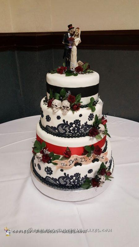 Coolest 'Til Death Do Us Part Wedding Cake