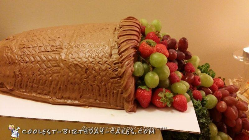 Cool Homemade Thanksgiving Cornucopia Cake
