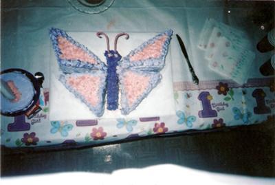 butterfly-cake-21346002.jpg
