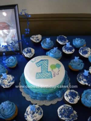 Groovy Cute Homemade 1St Birthday Cake With Cupcakes Funny Birthday Cards Online Overcheapnameinfo