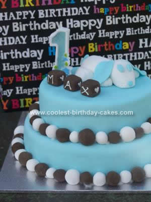 Homemade  1st Birthday Puppy Cake