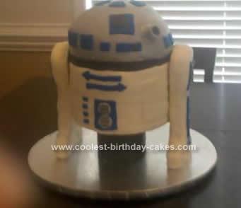 Homemade 3D R2D2 Birthday Cake