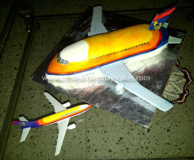 Coolest Airplane Cake