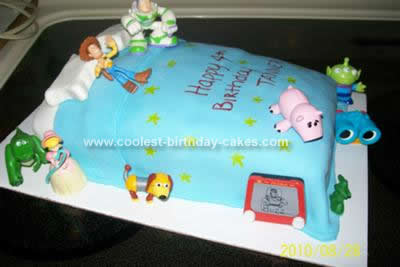 coolest-andys-bed-toy-story-birthday-cake-31-21387746.jpg
