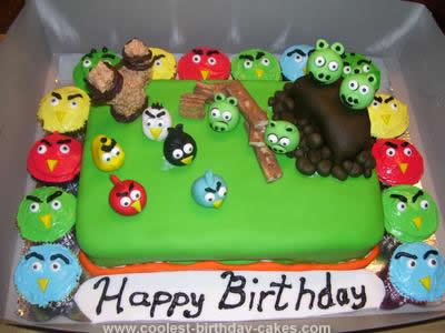 Wondrous Coolest Fondant Angry Birds Cake Funny Birthday Cards Online Fluifree Goldxyz
