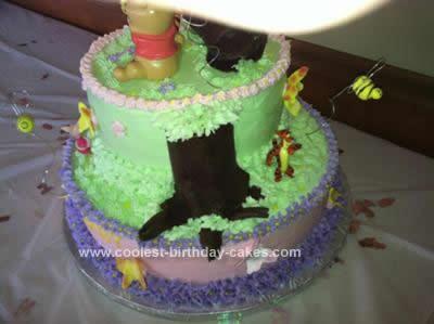 coolest-baby-winnie-the-pooh-shower-cake-28-21591554.jpg