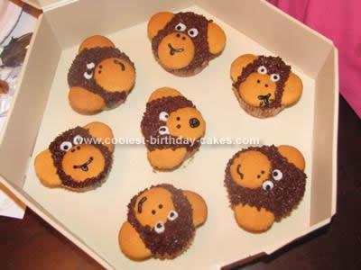 coolest-banana-monkey-face-cupcakes-9-21379603.jpg