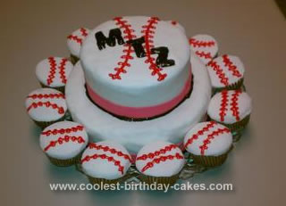 Homemade Baseball Team Cake