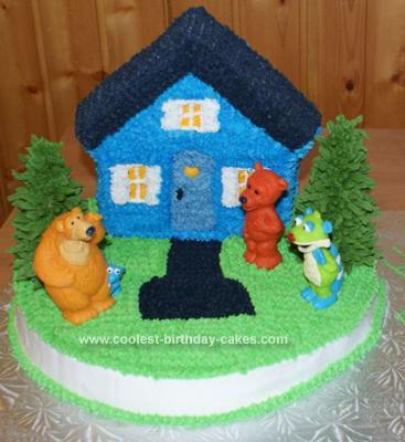 Homemade  Bear in the Big Blue House Cake
