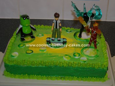 Ben 10 Cake with Aliens
