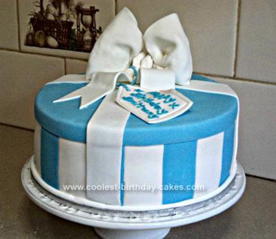 coolest-birthday-prezzie-box-cake-66-21647445.jpg