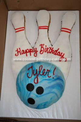 Coolest Homemade Bowling Ball and Pins Cake