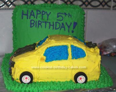 coolest-bumble-bee-birthday-cake-38-21337965.jpg