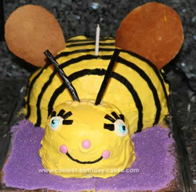 Pleasing Cool Homemade Bumblebee Birthday Cake Funny Birthday Cards Online Inifofree Goldxyz