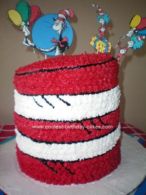 coolest-cat-in-the-hat-cake-10-21346366.jpg