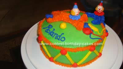 coolest-clowns-on-a-drum-cake-19-21389746.jpg