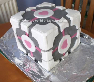 Prime Coolest Companion Cube Cake From Portal Video Game Personalised Birthday Cards Veneteletsinfo