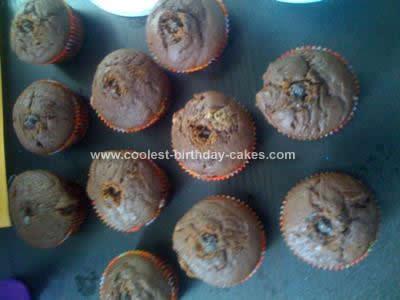 coolest-cookie-monster-cupcakes-13-21369015.jpg