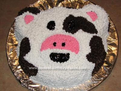 coolest-cow-birthday-cake-26-21352336.jpg