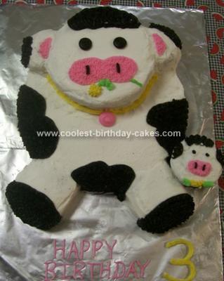 Homemade Cow Birthday Cake Idea