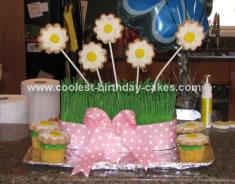 Homemade Daisy Flower Cake