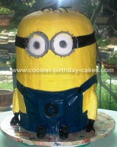 "Homemade Despicable Me "" Minion "" Birthday Cake"