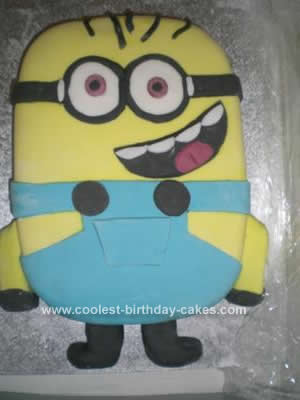 Homemade Despicable Me Minion Cake