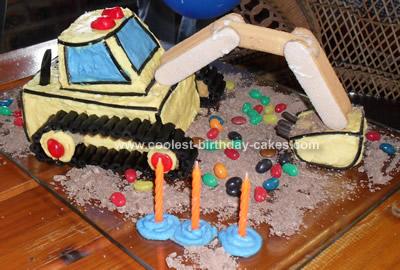 coolest-digger-cake-design-58-21388262.jpg