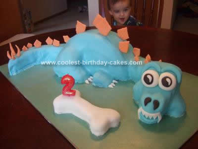Homemade Dinosaur Birthday Cake Design