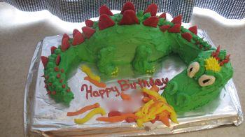 Stupendous Cute Homemade 3D Dragon Birthday Cake Personalised Birthday Cards Veneteletsinfo