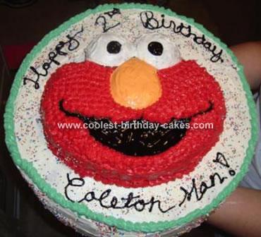 The Giant Elmo Cake!