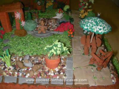 coolest-english-garden-birthday-cake-35-21394944.jpg