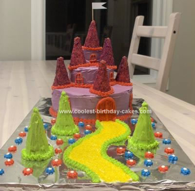 I Made This Fairy Tale Castle Birthday Cake With My 17 Year Old Daughter For 7 Daughters Was Easier By Using The Mini