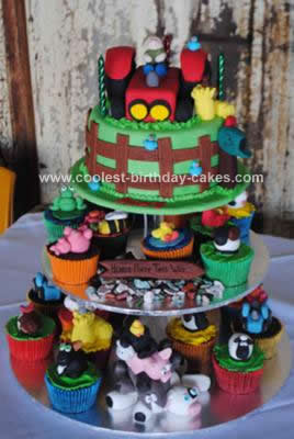 Homemade Farmyard Birthday Cake Idea