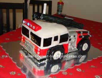 coolest-firetruck-birthday-cake-74-21569301.jpg