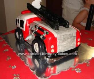 coolest-firetruck-birthday-cake-74-21569302.jpg