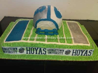 coolest-football-field-helmet-cake-101-21376601.jpg