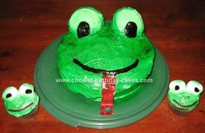 Homemade Frog Cake and Cupcakes