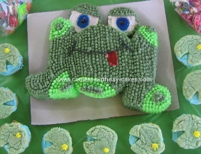 Homemade Frog Cake and Lillypad Cupcakes