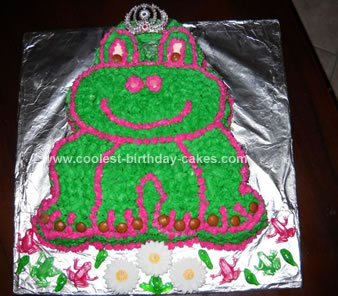 coolest-frog-with-a-crown-birthday-cake-19-21632341.jpg