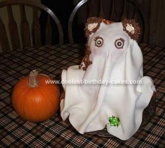 Homemade Ghost Teddybear Cake