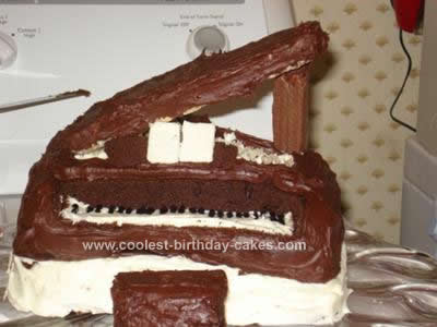 Homemade Grand Piano Birthday Cake Design